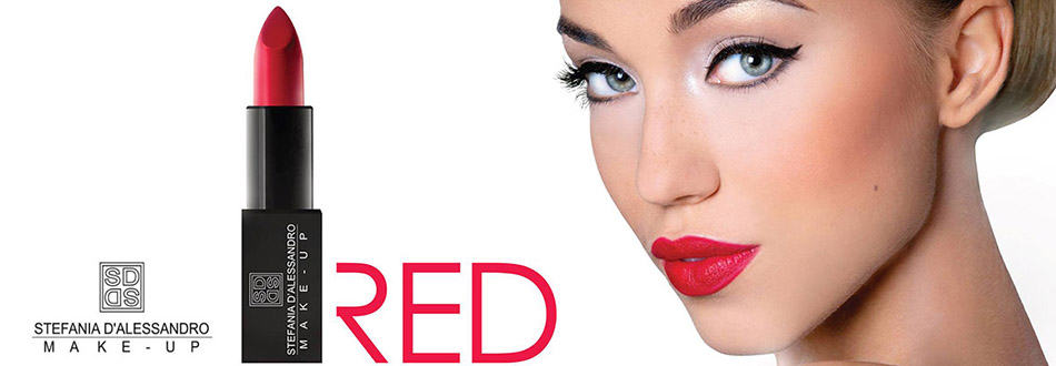 Stefania Dalessandro promotes red lipstick
