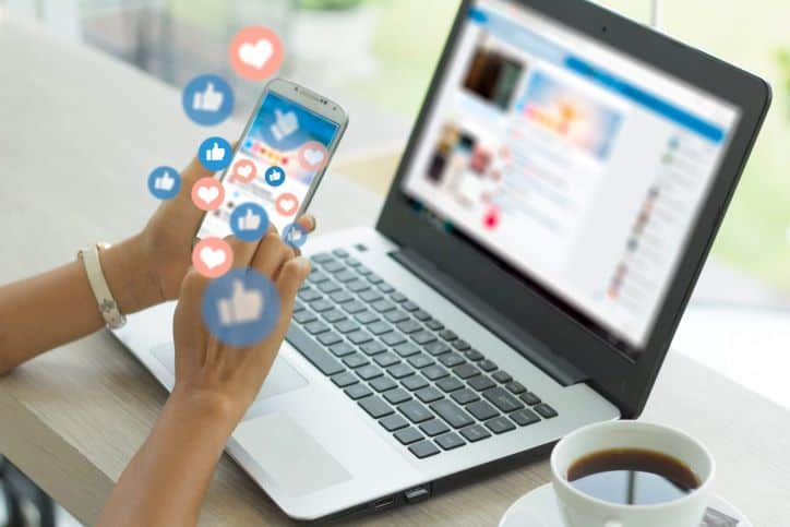 Active on Social Media - Engaging with Customers and Business Partners