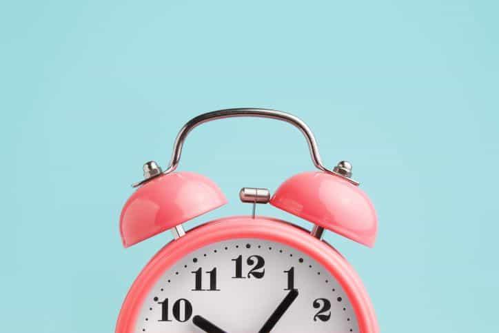 Pink Alarm Clock | Length of Instagram Live matters | Afluencer Tips